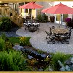 Paver patio, Plymouth, MN – Borgert pavers, Cobble Circles, screen porch with water feature