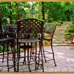 Paver patio, Eagan, MN – Borgert pavers, Cobble Circles and outcropping steps